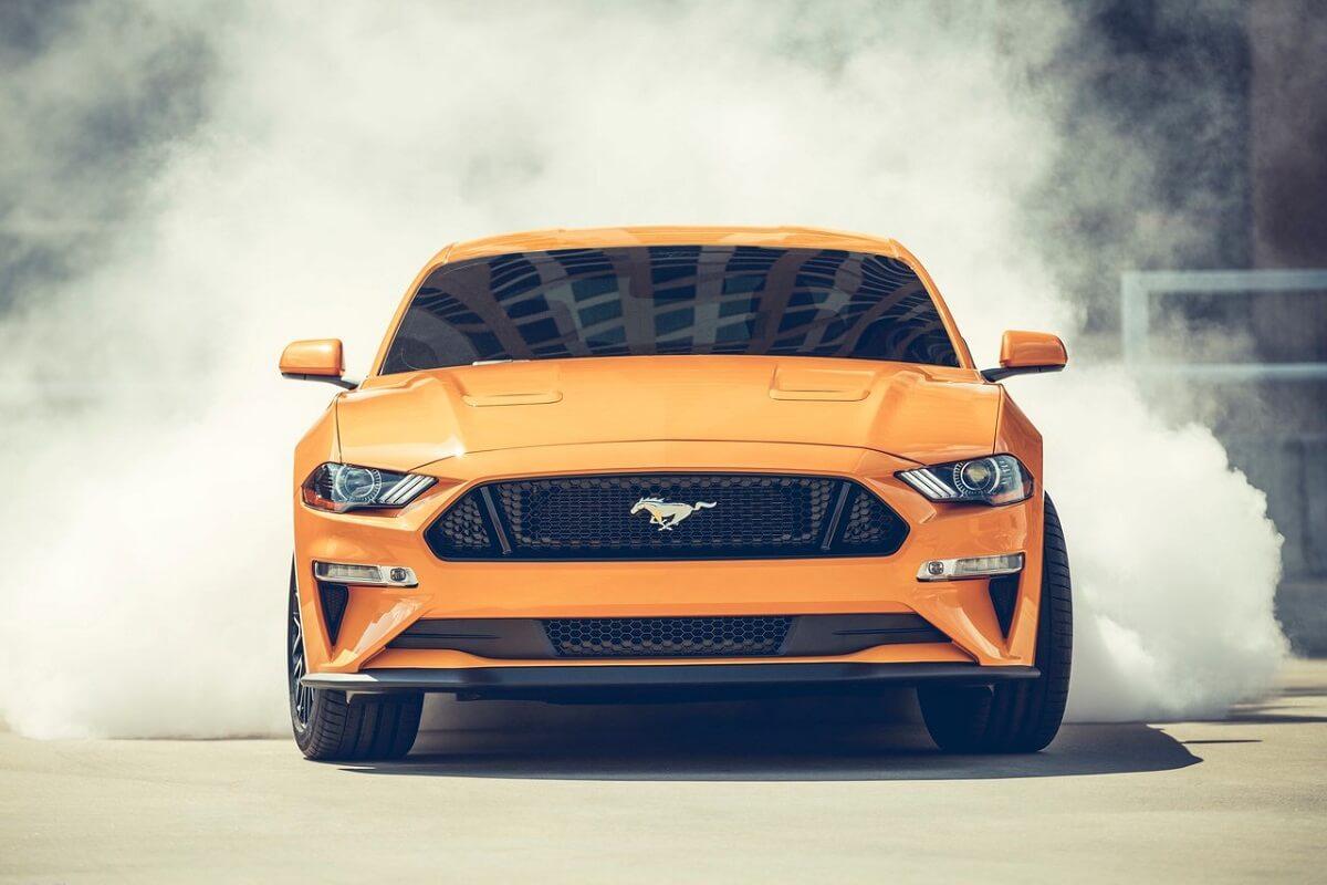 Ford-Mustang (1).jpg