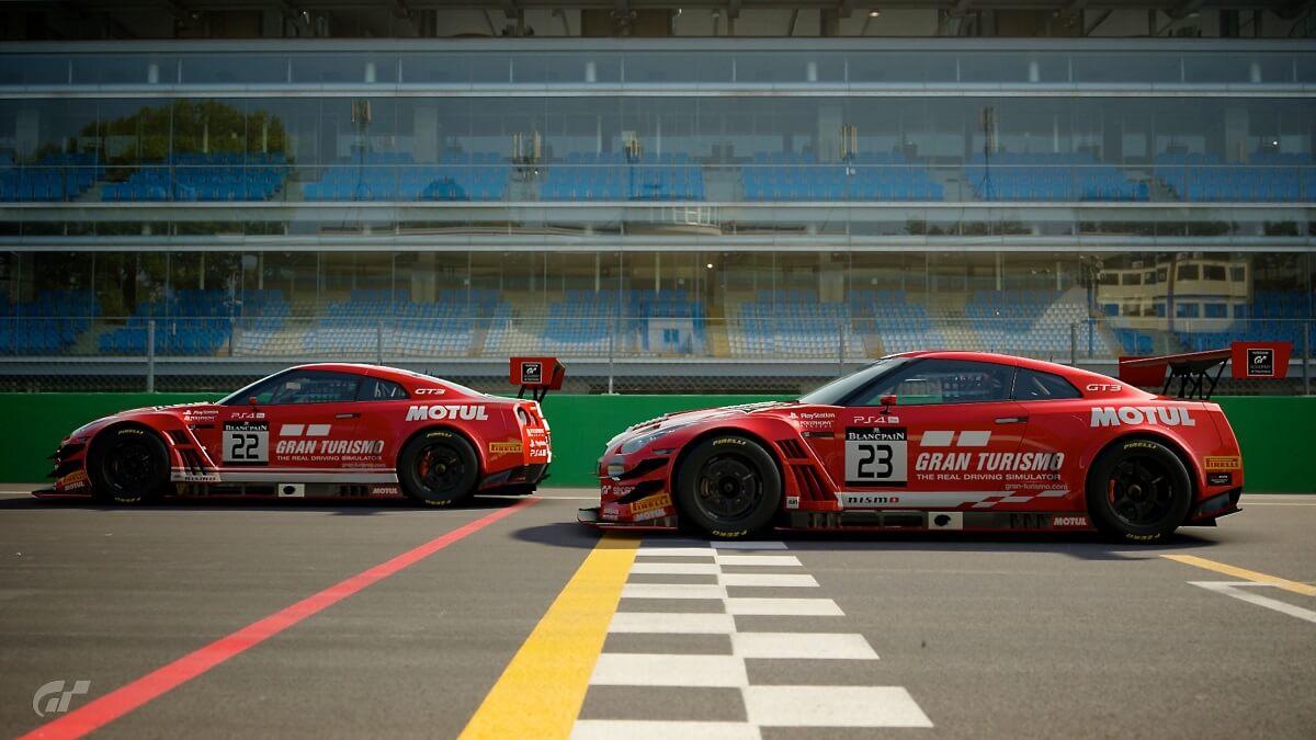 Nissan_Gran_Turismo_gamers___Photo_05.jpg