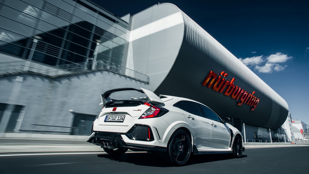 honda-civic-type-r-takes-down-nurburgring-lap-record-for-a-fwd-car (2).jpg