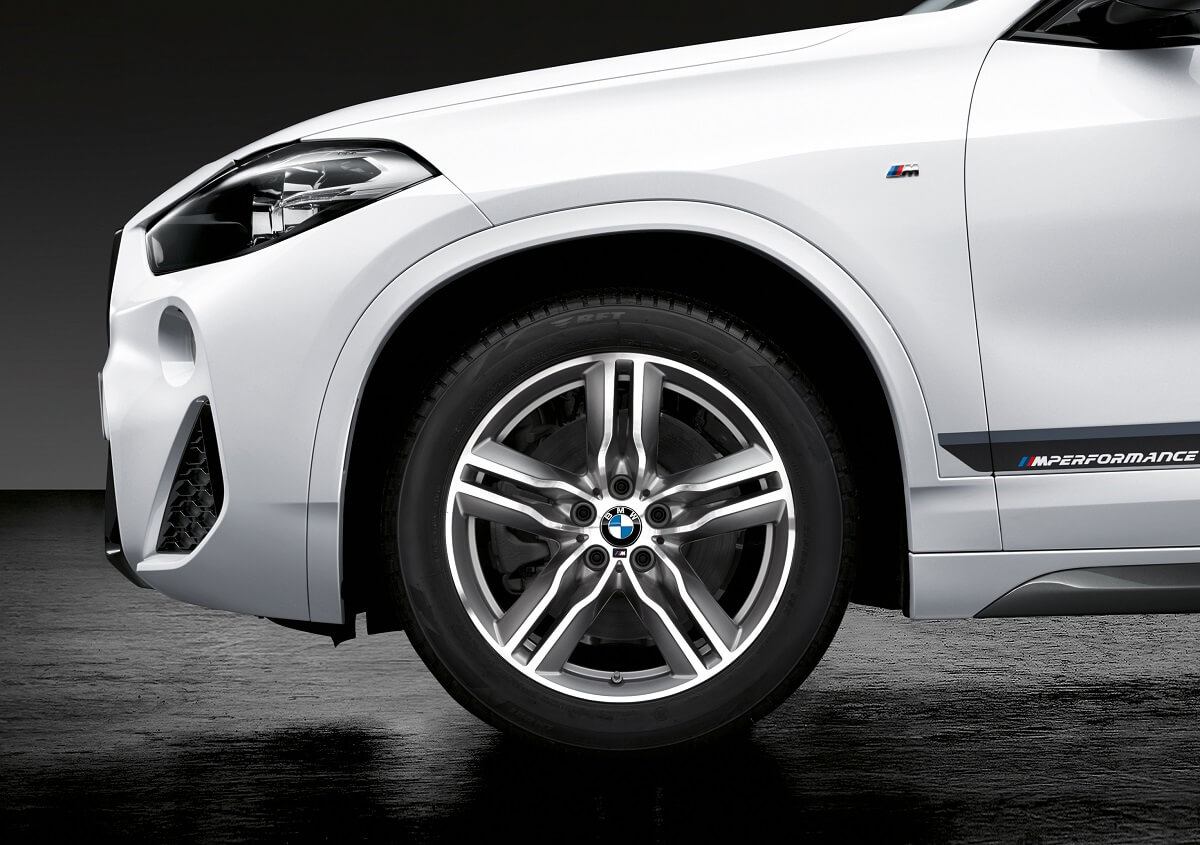 P90295140_highRes_the-new-bmw-x2-with-.jpg