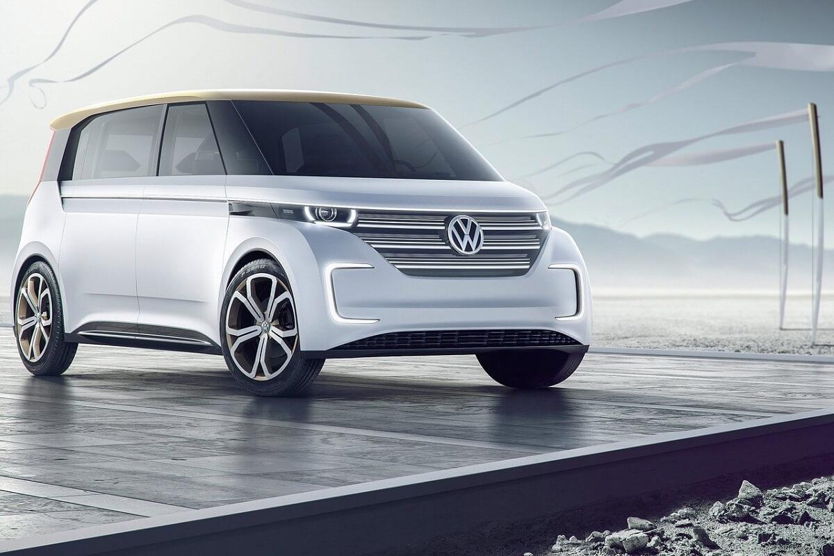 Volkswagen-Budd-e_Concept-2016.jpg
