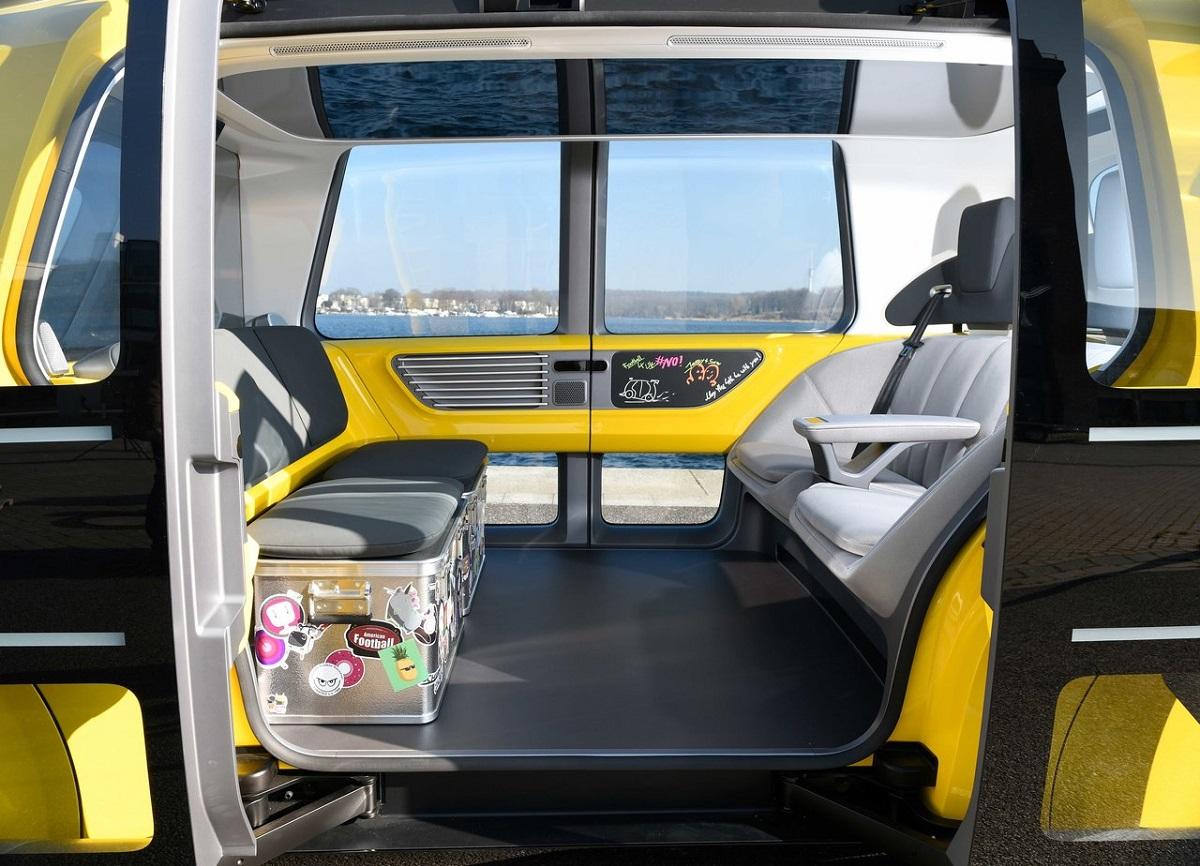 Volkswagen-Sedric_School_Bus_Concept-2018-1.jpg