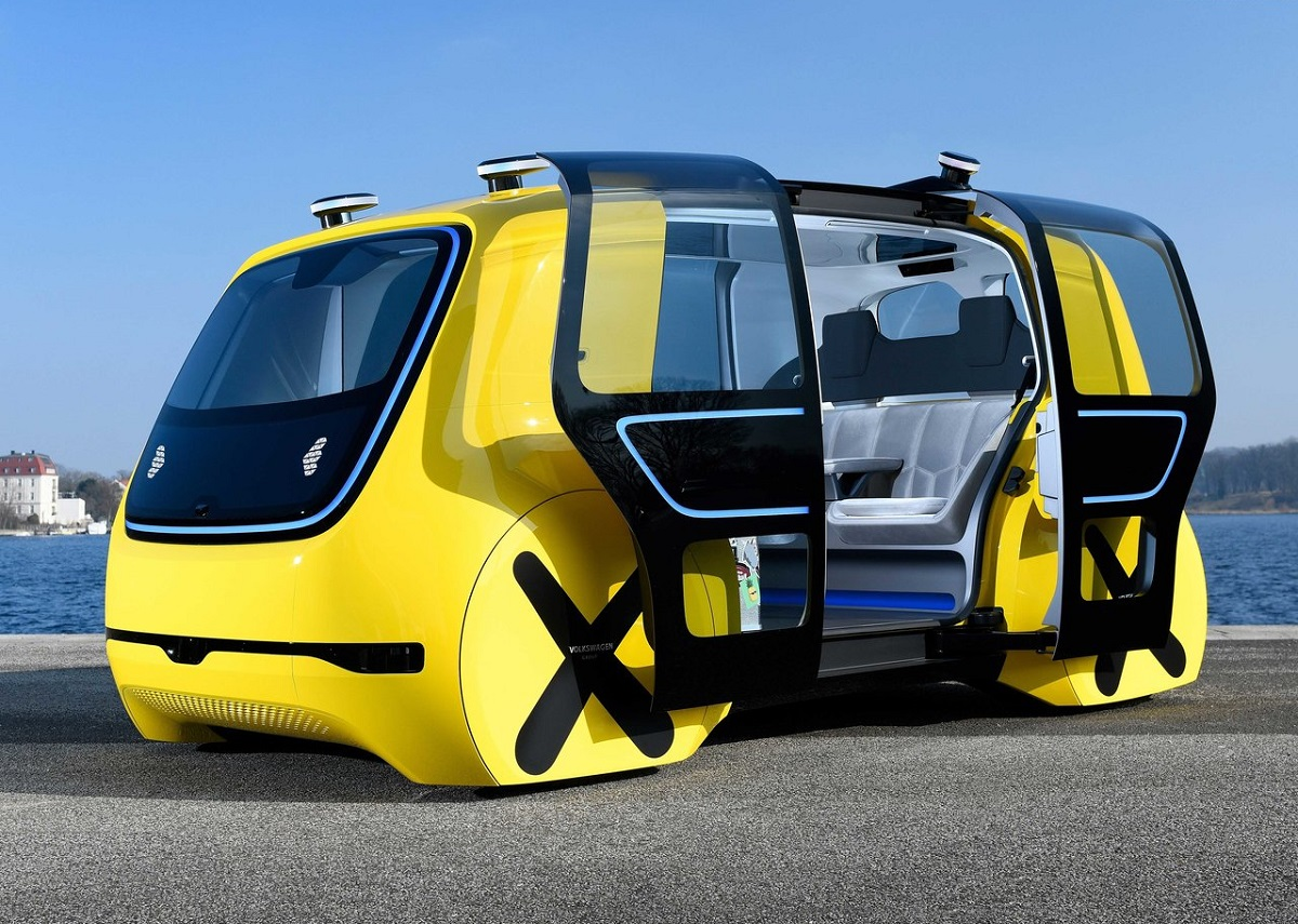Volkswagen-Sedric_School_Bus_Concept-2018.jpg
