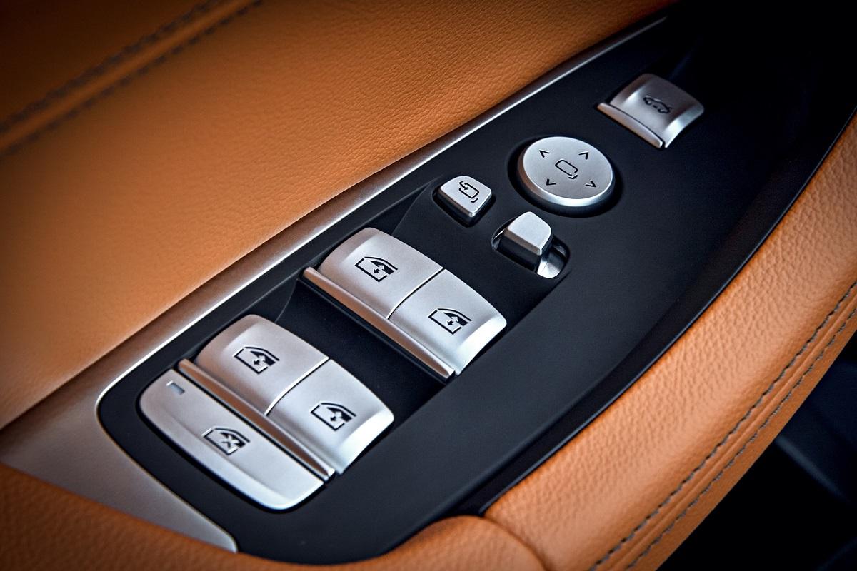 BMW X3 xDrive20i (4).jpg