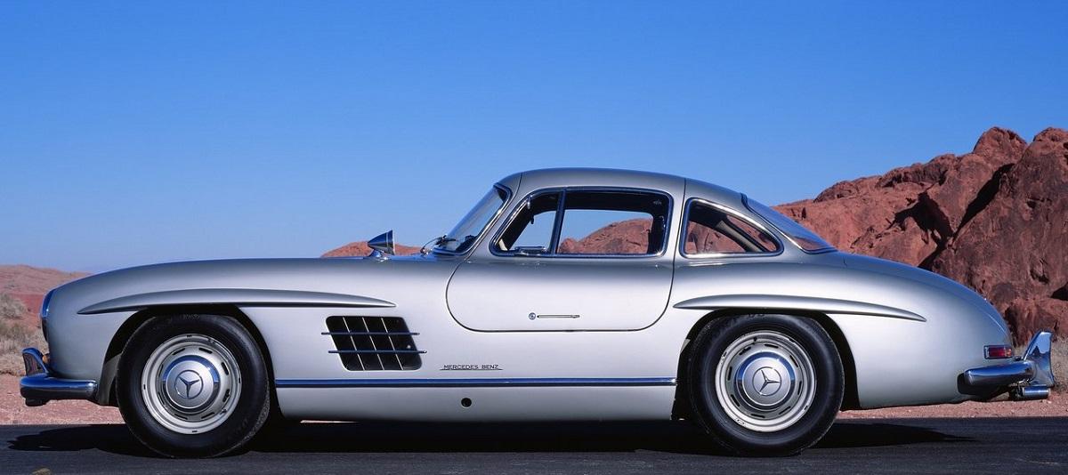 Mercedes-Benz-300_SL_Gullwing-1954 (3).jpg