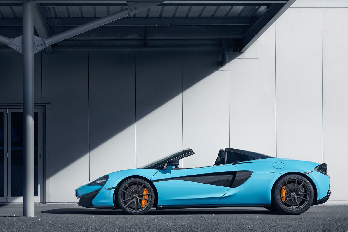 McLaren-570S-Spider-Track-Pack02.jpg