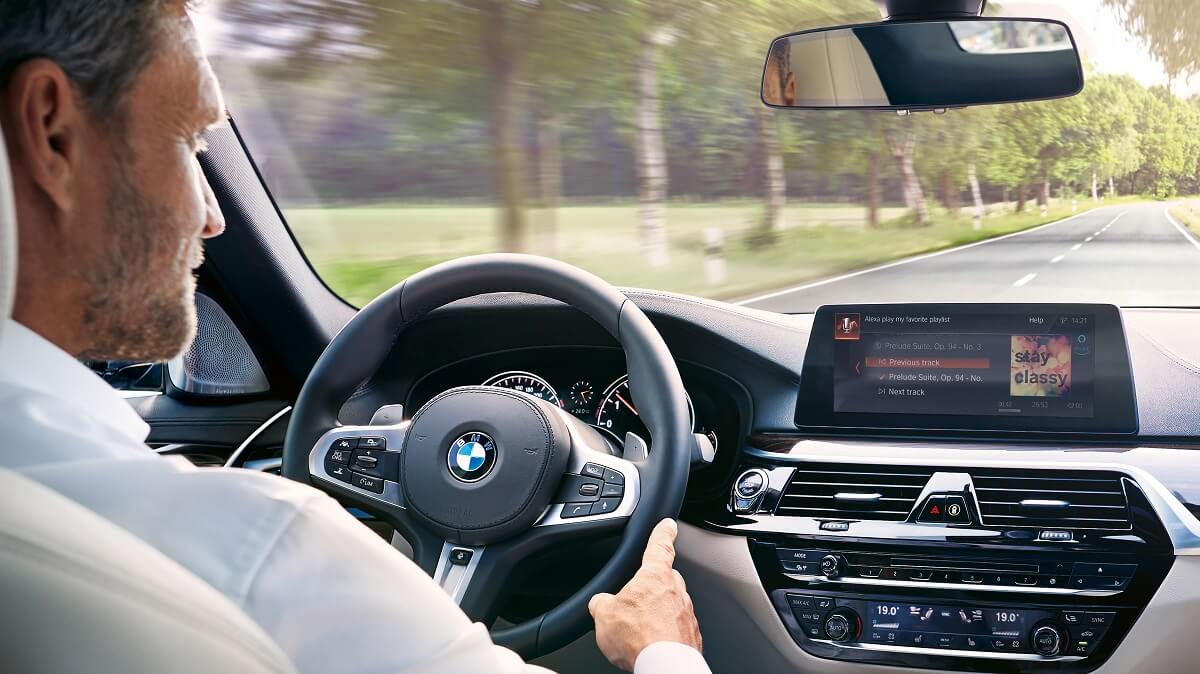 P90278865_highRes_bmw-and-alexa-in-car.jpg