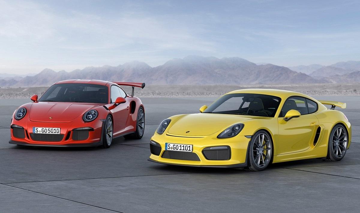 Porsche-911_GT3_RS-2016.jpg