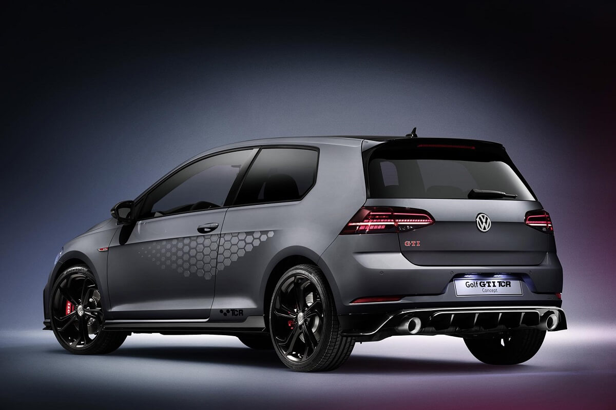 The new Volkswagen Golf GTI TCR Concept (6).jpg