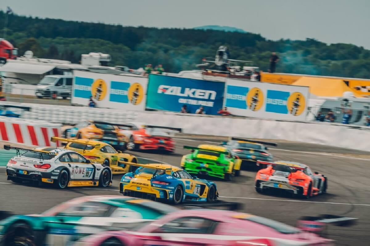 Race-1024x683.jpg