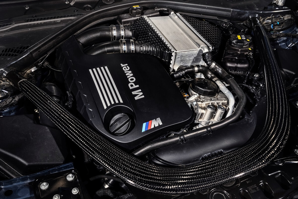 P90304903_highRes_the-new-bmw-m3-cs-05.jpg