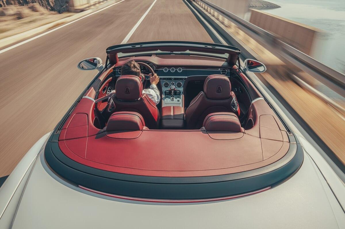 Bentley Continental GT Convertible 17.jpg