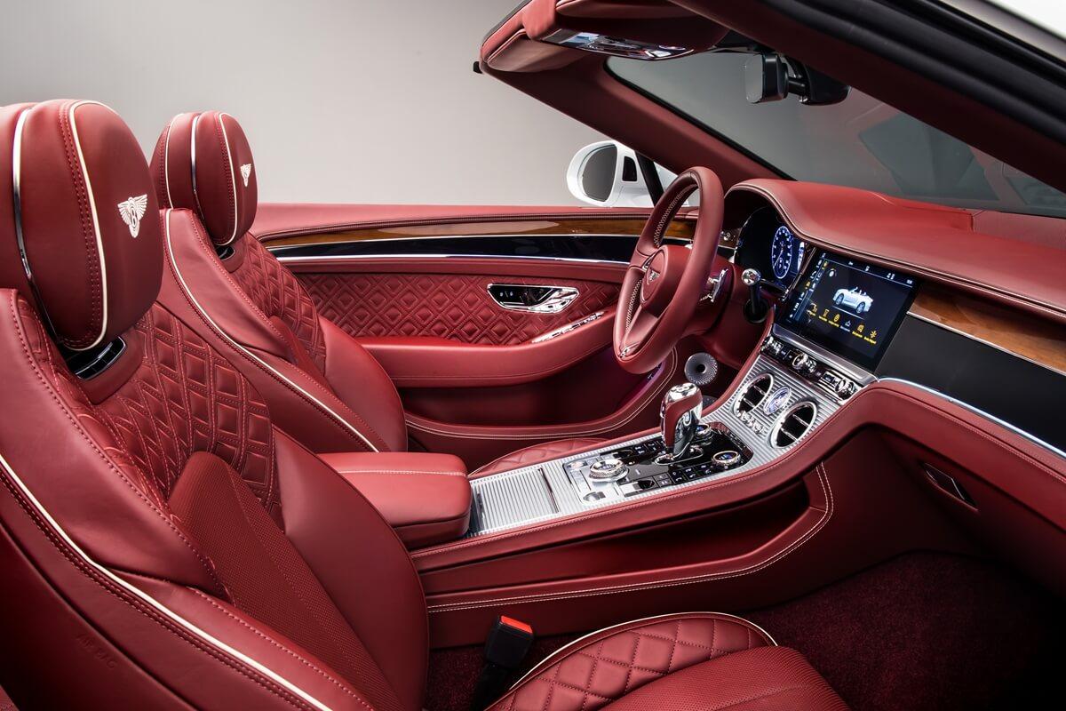 Bentley Continental GT Convertible 27.jpg