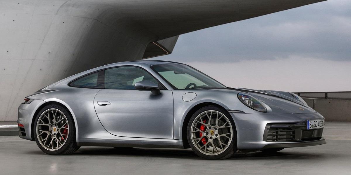 Porsche-911_Carrera_4S-2019-1.jpg