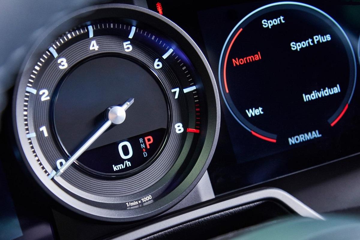 Porsche-911_Carrera_4S-2019-3.jpg