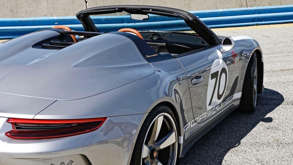high_911_speedster_concept_rennsport_reunion_vi_weathertech_raceway_laguna_seca_2018_porsche_ag (2).jpg