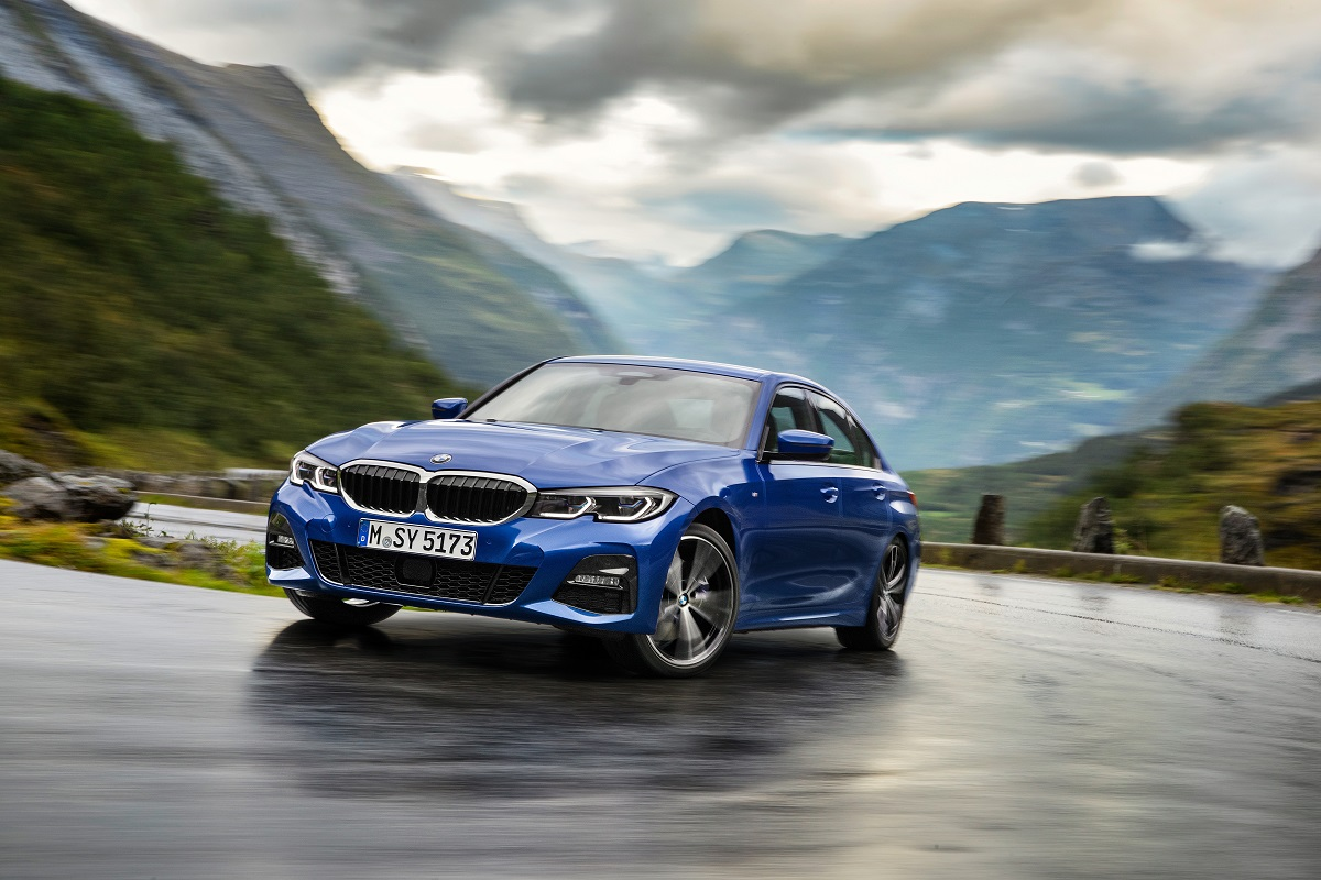 P90323666_highRes_the-all-new-bmw-3-se.jpg