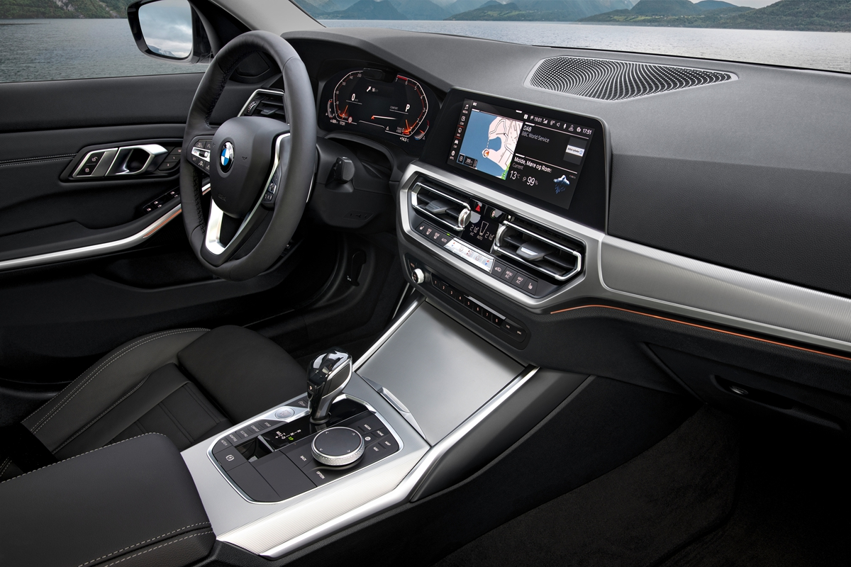 P90323735_highRes_the-all-new-bmw-3-se.jpg