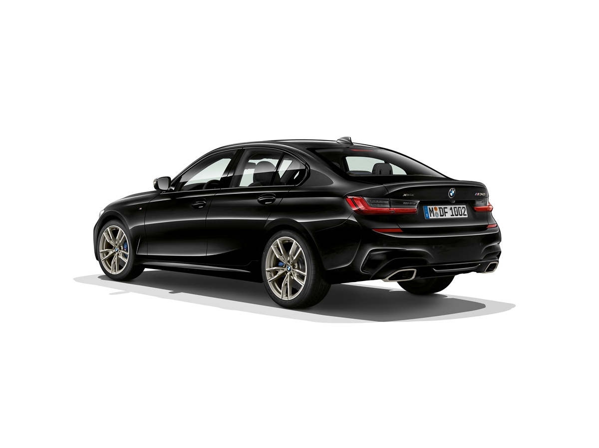 P90323746_highRes_the-all-new-bmw-3-se.jpg