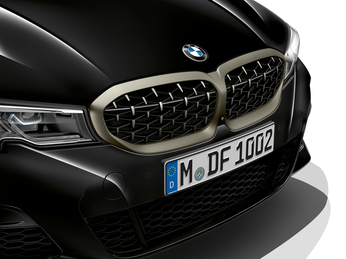 P90323747_highRes_the-all-new-bmw-3-se.jpg