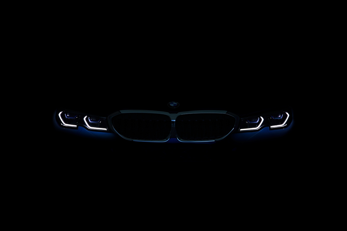 P90323766_highRes_the-all-new-bmw-3-se.jpg