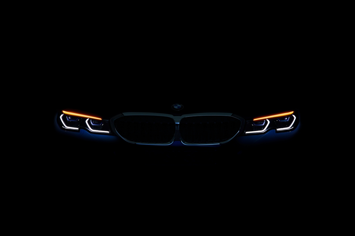 P90323767_highRes_the-all-new-bmw-3-se.jpg