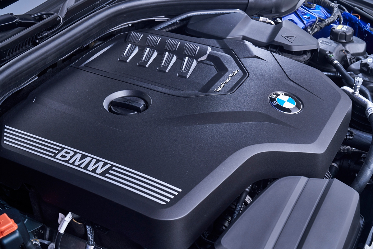 P90323823_highRes_the-all-new-bmw-3-se.jpg