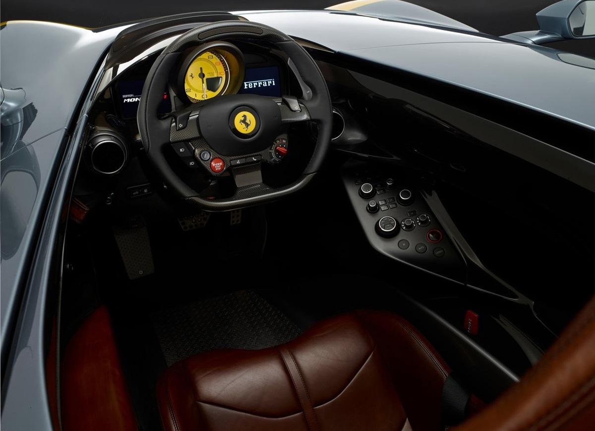 Ferrari-Monza_SP1-2019-1.jpg