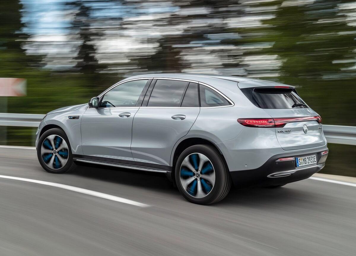 Mercedes-Benz-EQC-2020-1.jpg