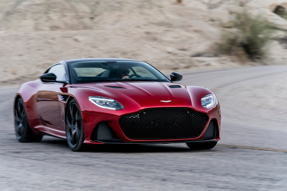 DBS_Superleggera-3.jpg