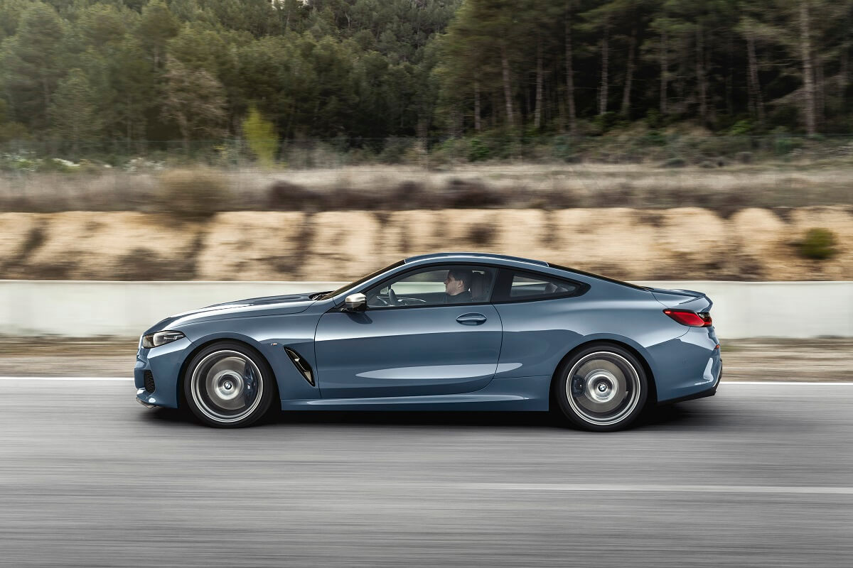 P90306615_highRes_the-all-new-bmw-8-se.jpg