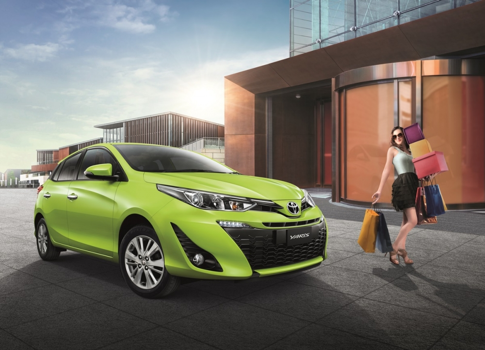 2018-Toyota-Yaris-Thailand-front-three-quarters.jpg