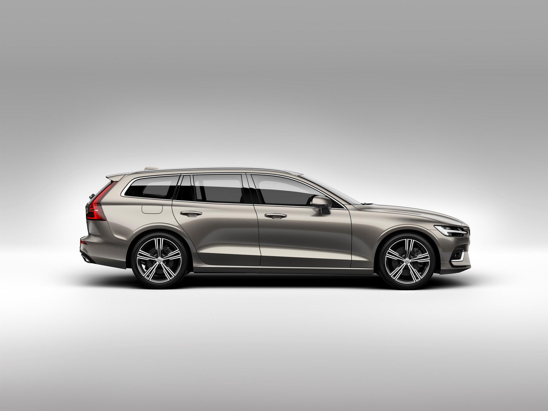2018-VolvoV60-27.jpg