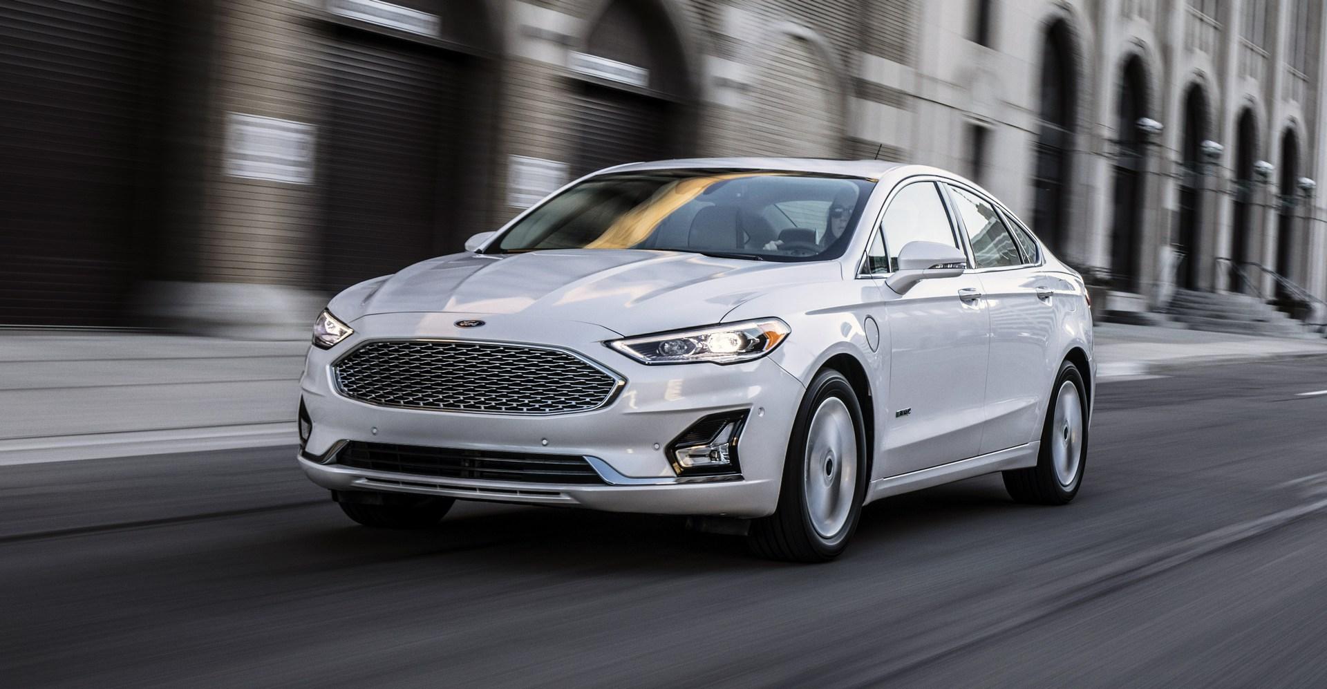 2019-Ford-Fusion-2.jpg