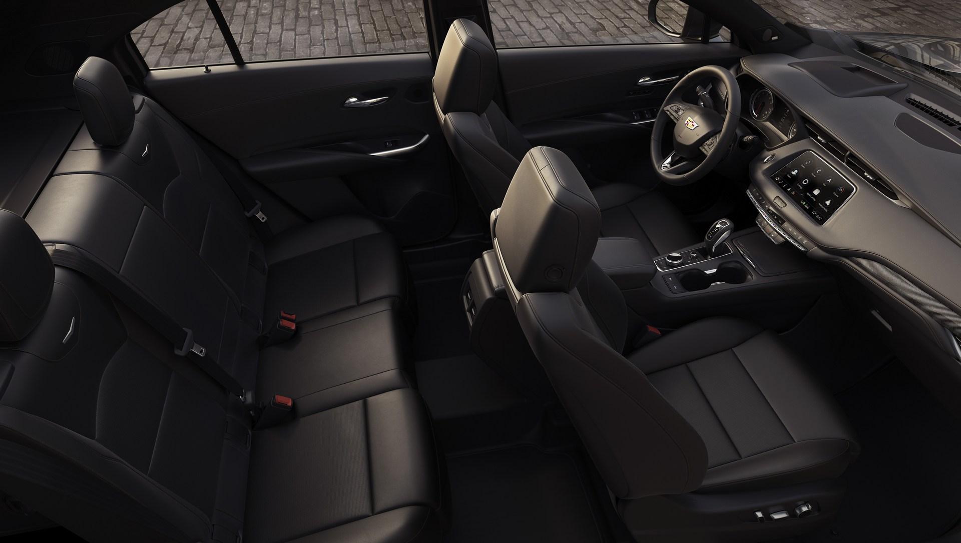 Cadillac-XT4-10.jpg