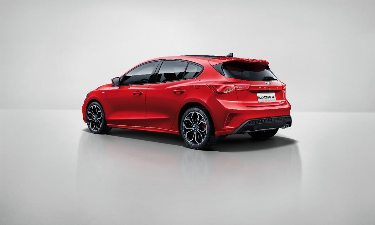 All-New Focus ST Line_Hatchback (1).jpeg