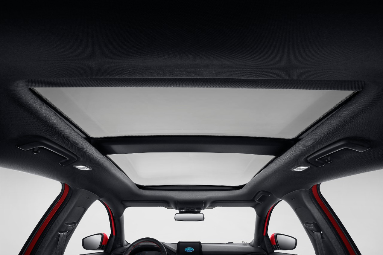 All-New Focus ST Line_Hatchback (7).jpeg