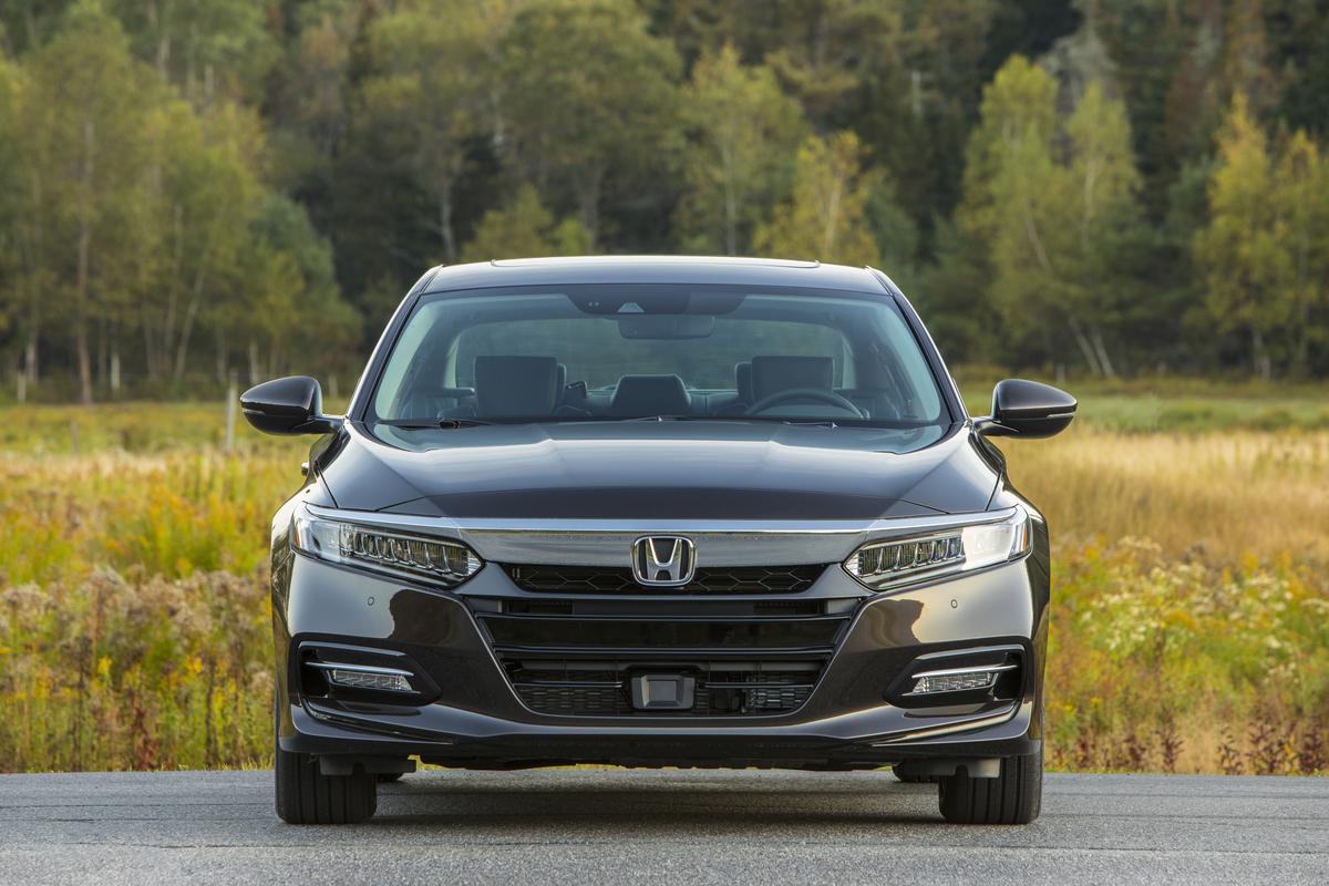 2018_Honda_Accord_Hybrid__008.jpg