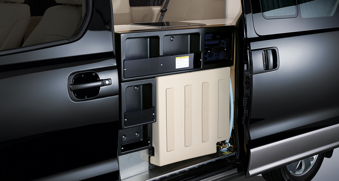 pip-grand-starex-special-campingcar-outside-compartment.jpg