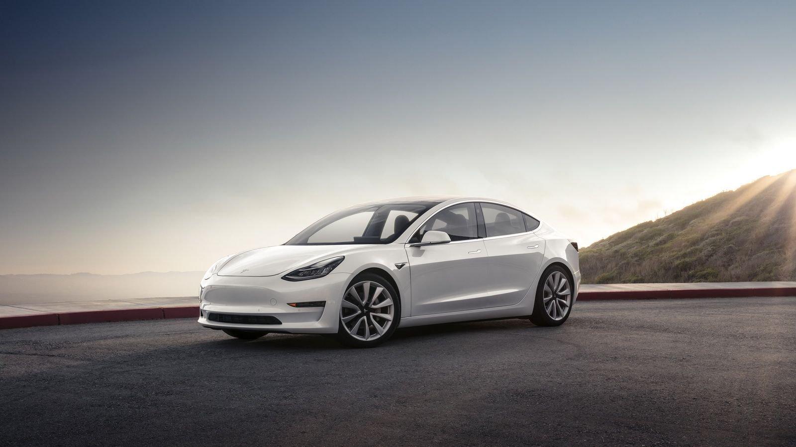 Dual-Motor-Tesla-Model-3-Specs-1.jpg