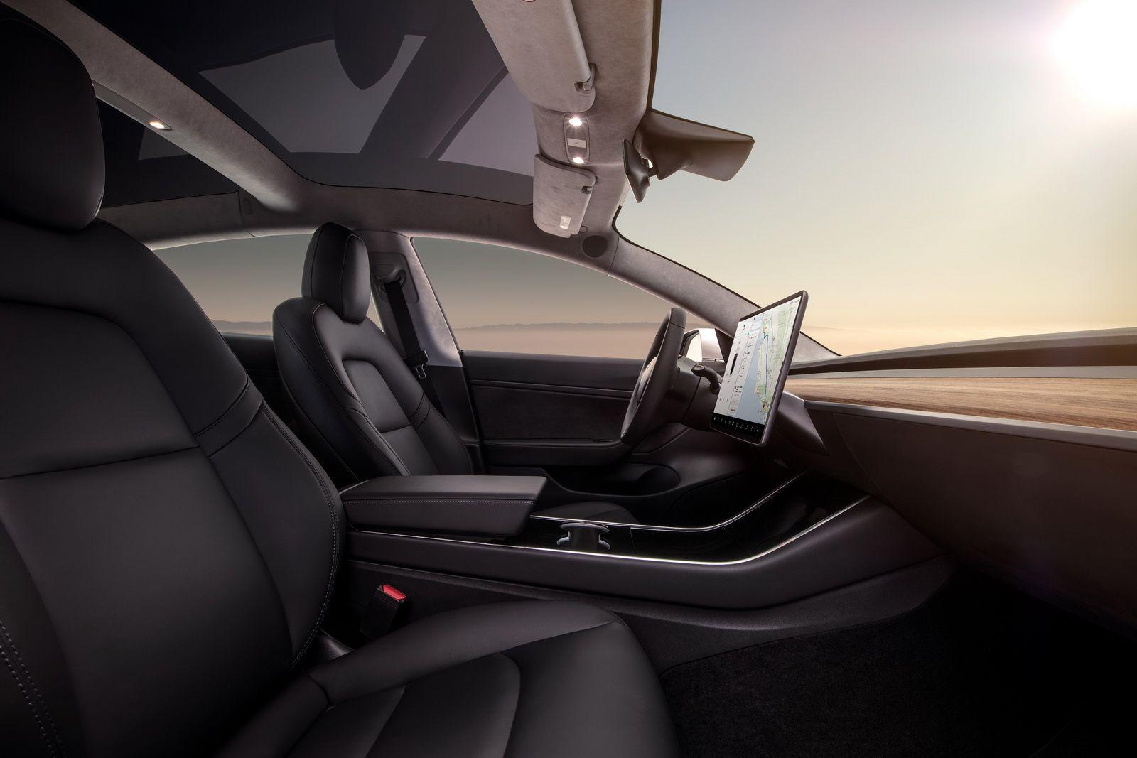 Dual-Motor-Tesla-Model-3-Specs-5.jpg