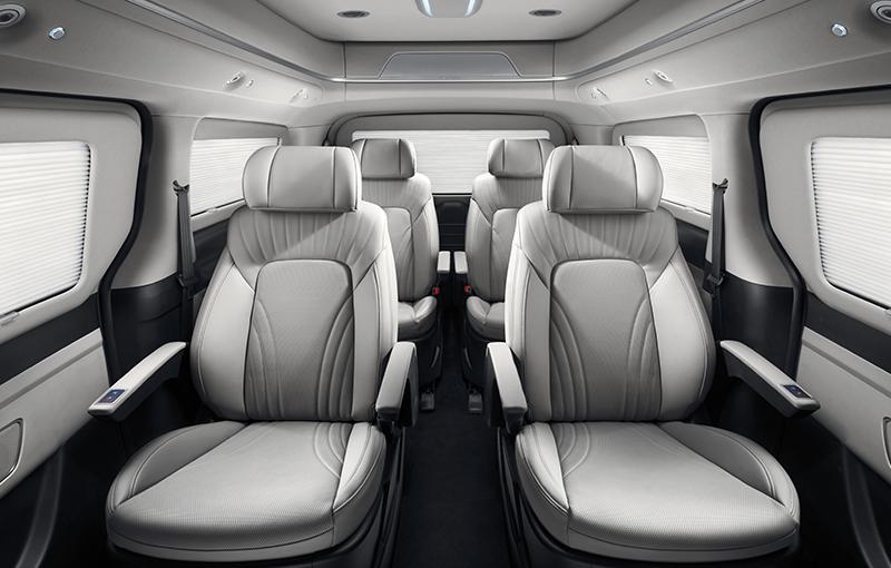 pip-grand-starex-limousine-6seat-limousine-mossgray-interior.jpg