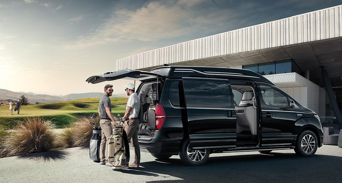 pip-grand-starex-limousine-convenience-6seat-timeless-black.jpg