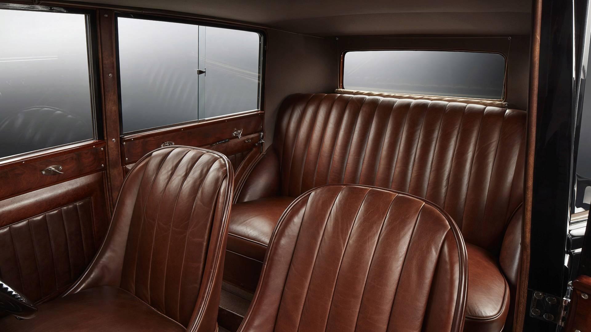 bentley-8-litre-interior (1).jpg