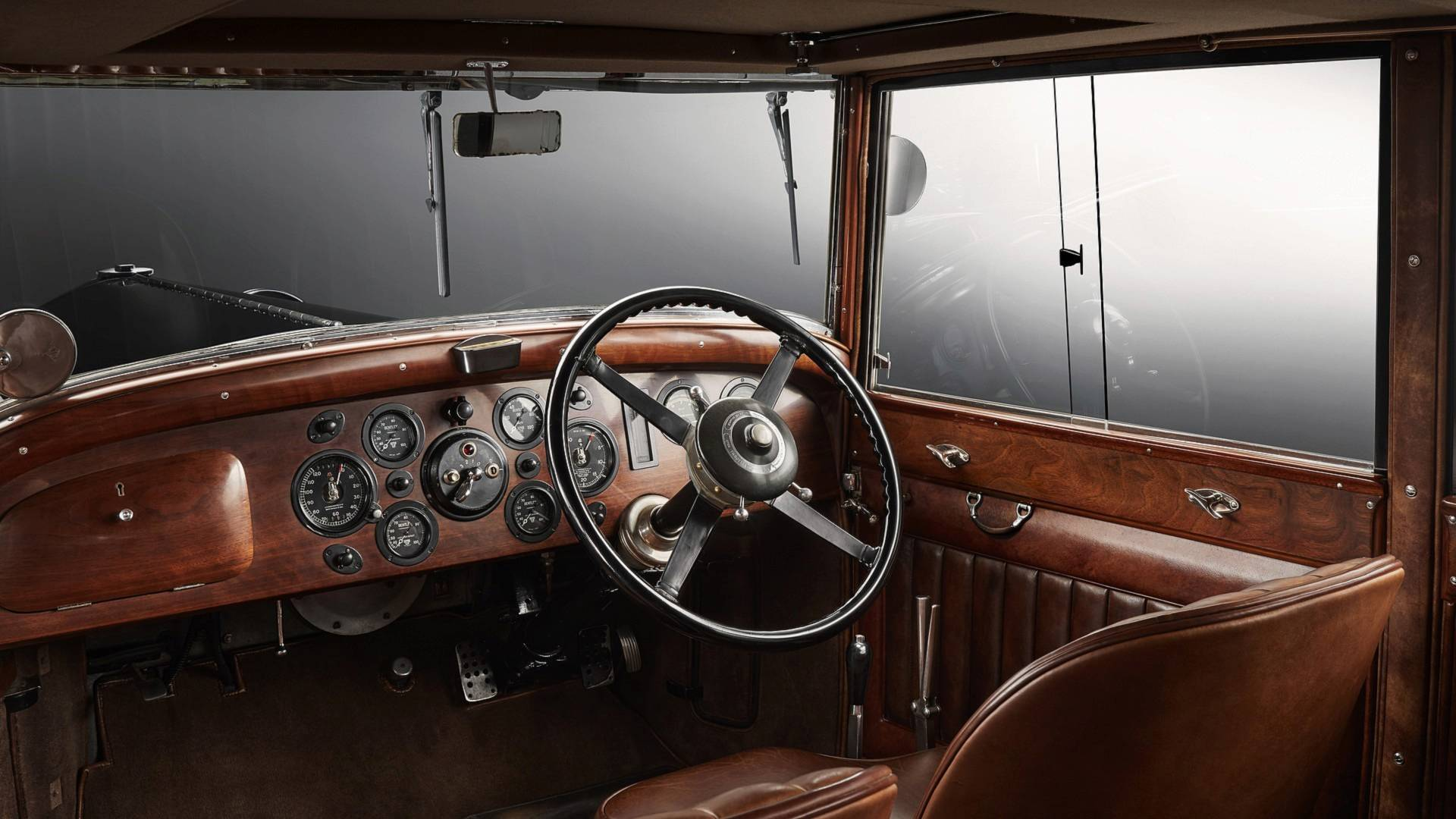 bentley-8-litre-interior.jpg