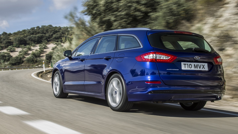 ford-mondeo-eu-FordMondeo_Wagon_17_V2-16x9-2160x1215-ol-blue-mondeo-wagon-rear-view.jpg.renditions.extra-large.jpeg