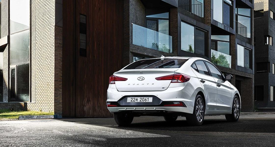 pip-avante-safety-diesel-1-point-6-premium-full-option-polar-white.jpg