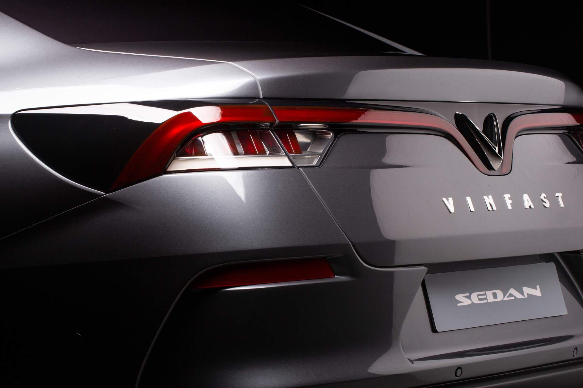 1ae91ce7-vinfast-sedan-3.jpg