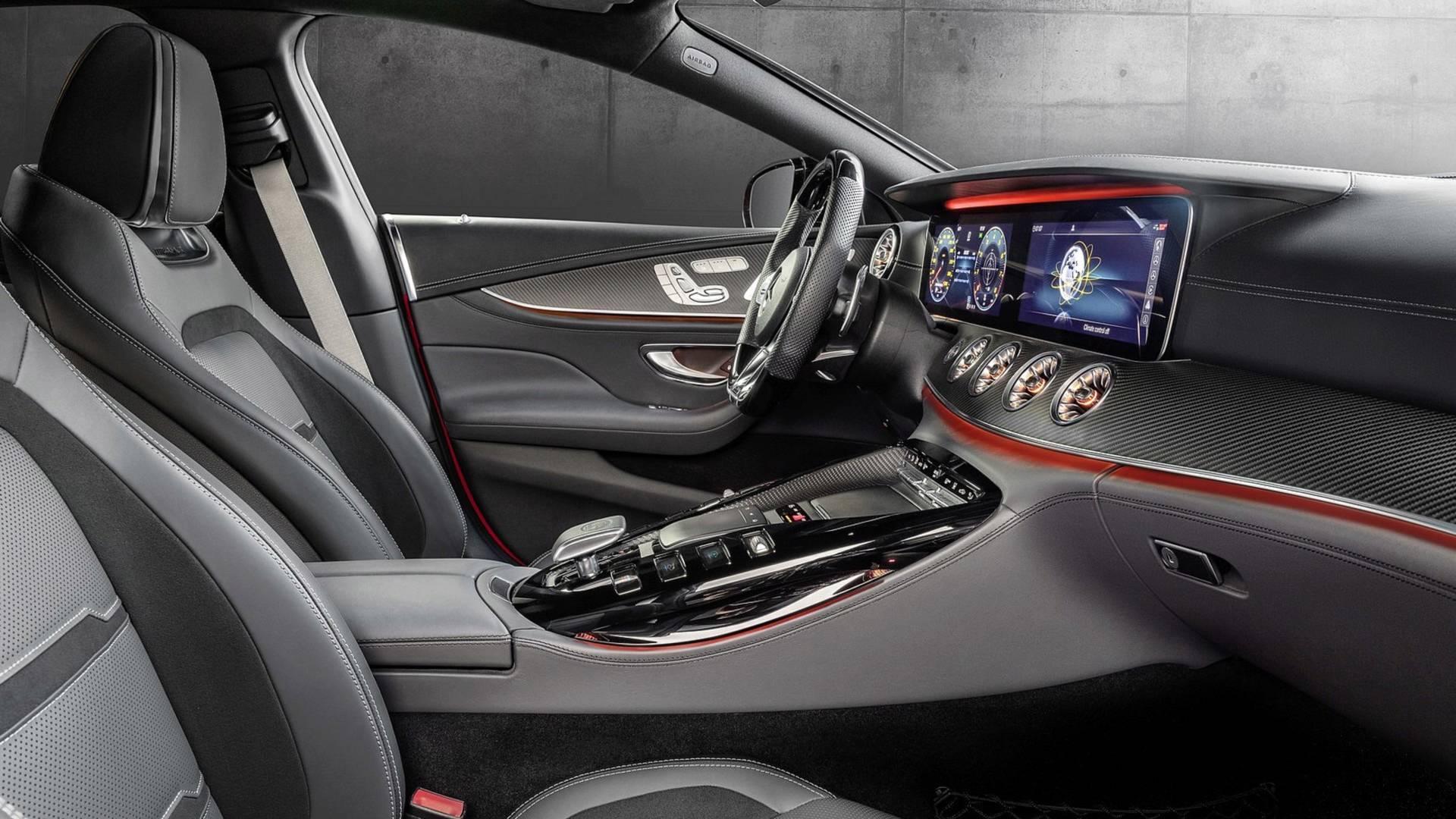 2019-mercedes-amg-gt-43-four-door-coupe (9).jpg