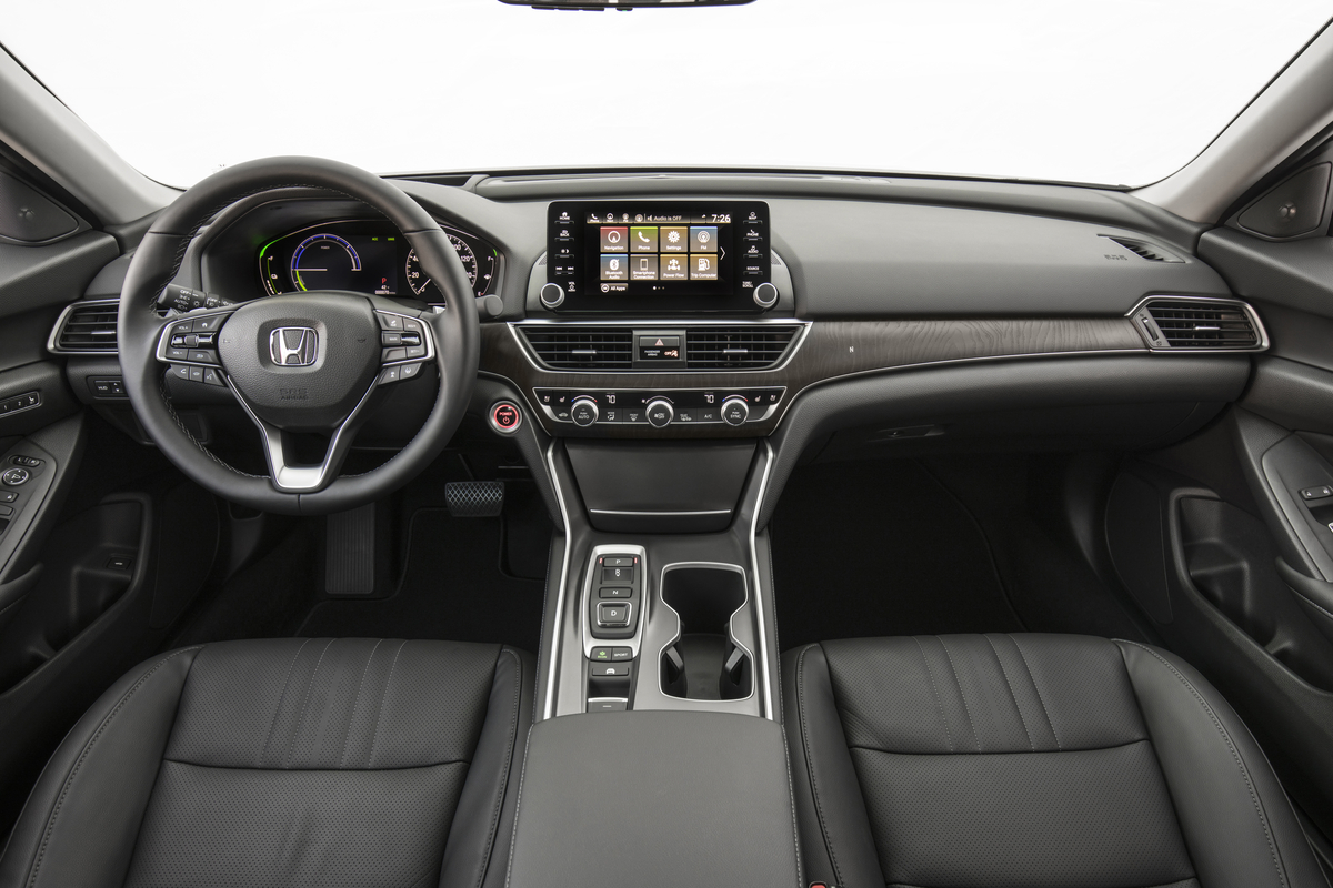 2018_Honda_Accord_Hybrid__018.jpg